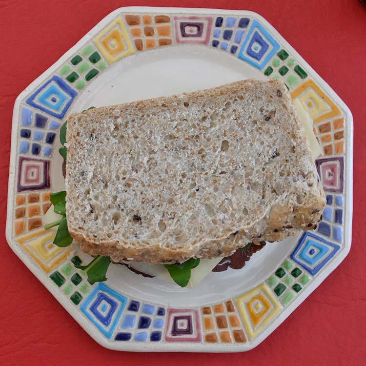 Cerveza Artesanal y Sandwich Gourmet